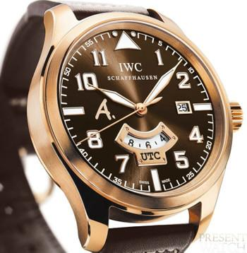 IWC Pilot's watch UTC Edition Antoine de Saint Exupéry in Rose Gold 3