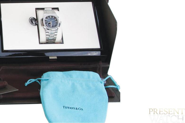 Patek Philippe, Geneve, Nautilus, Ref. 5712 1A-001 , Sold in New York in 2008, retailed by Tiffany